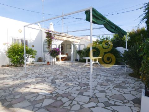 chalet-pareado-en-las-marinas-denia