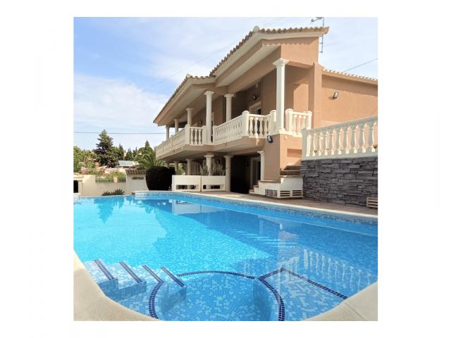 Villa en Dénia 600m²