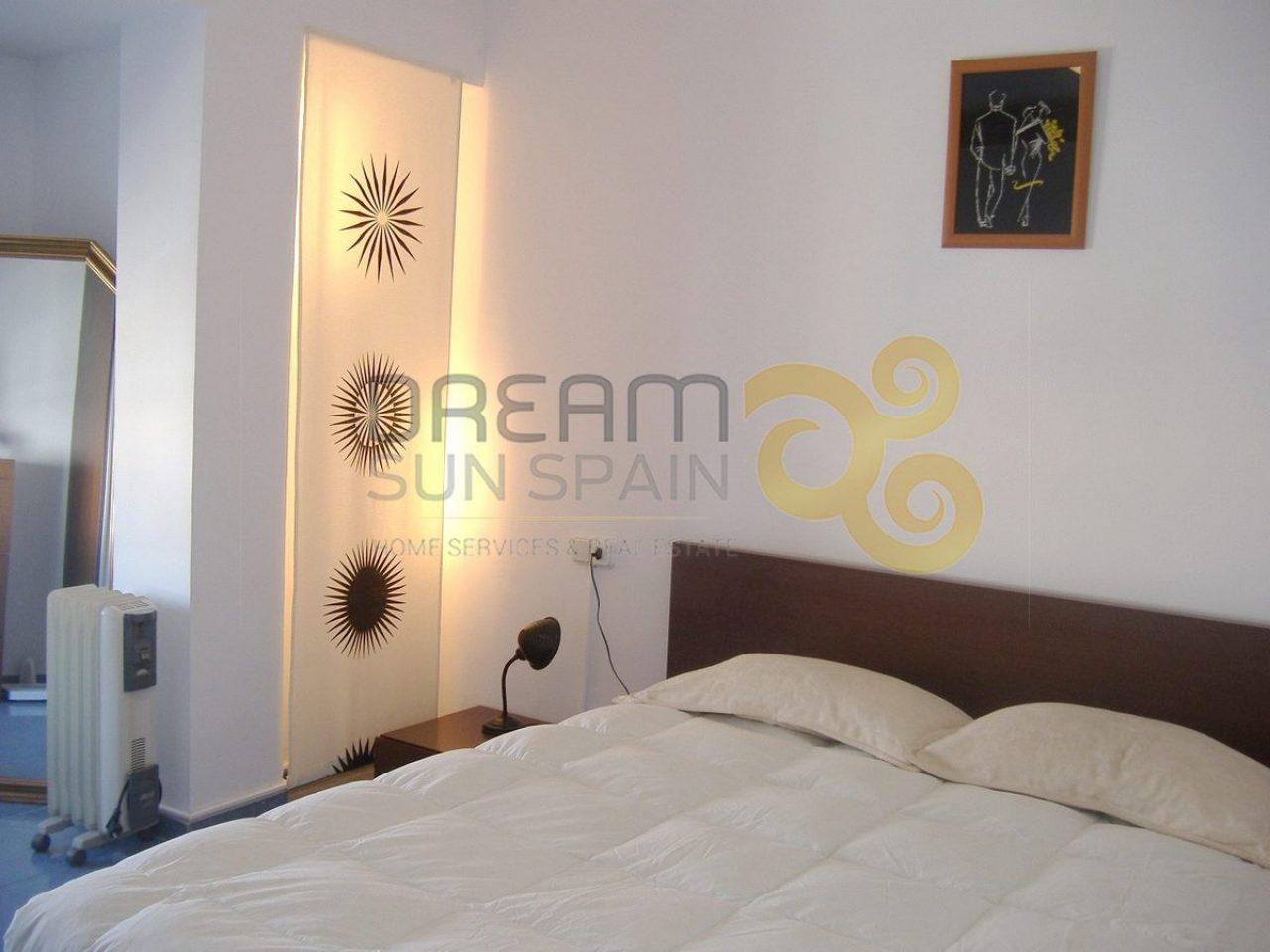 Piso de 2 dormitorios | OLIVA
