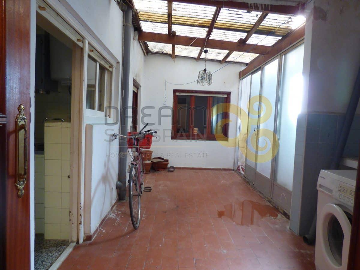 Piso de 4 dormitorios a reformar | DENIA