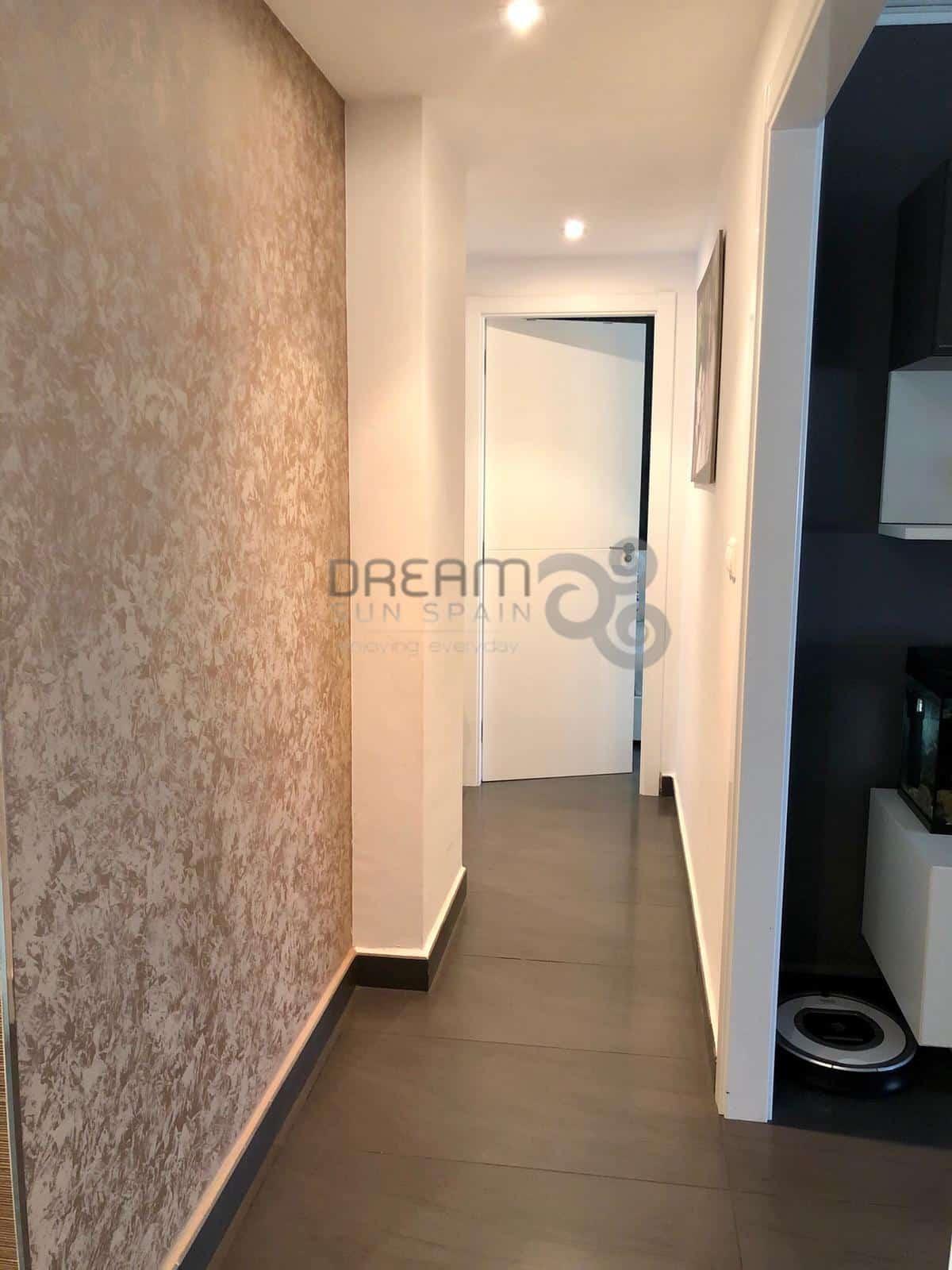 Piso en Denia con 3 habitaciones y terraza