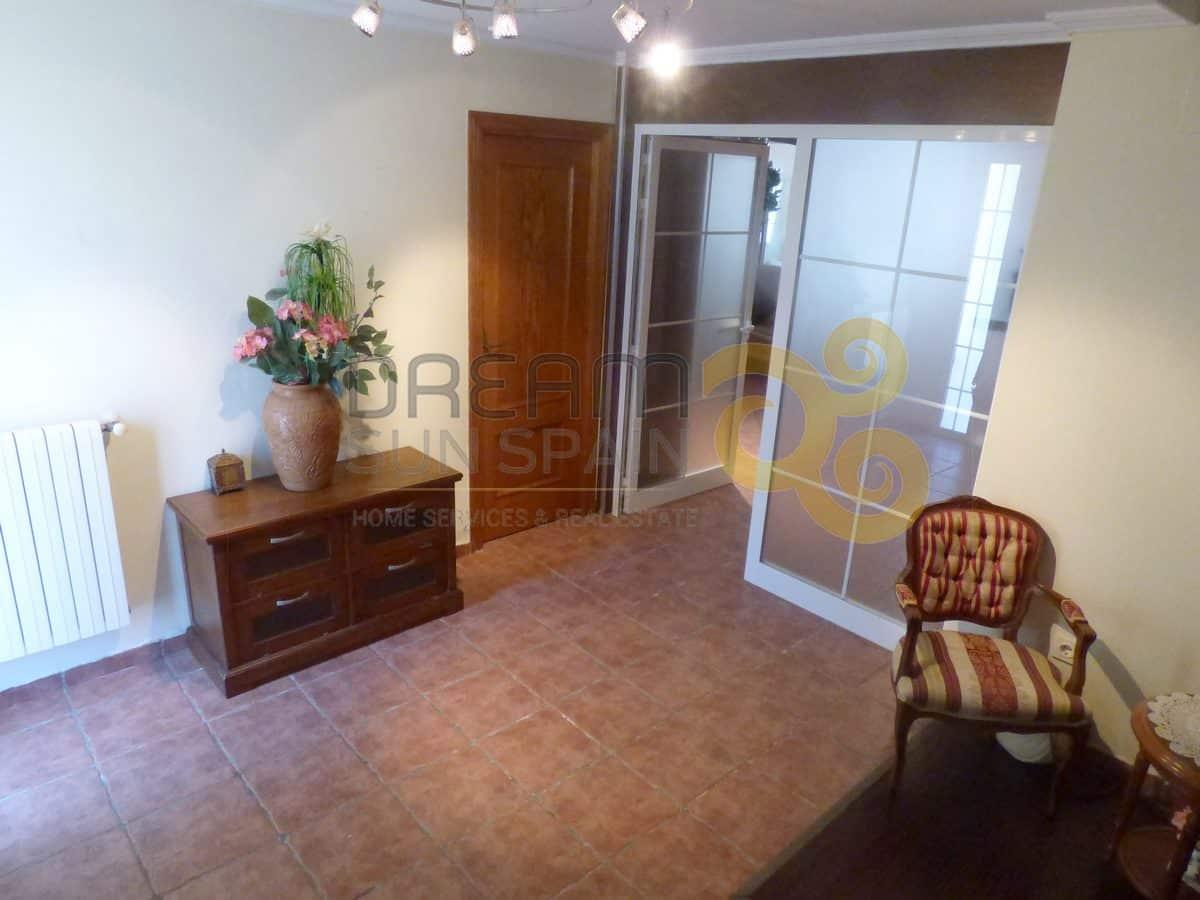 Villa / Chalet de 8 dormitorios | DENIA